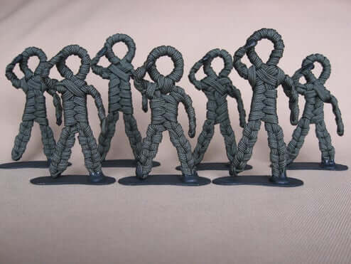 paracord-poseable-army-men