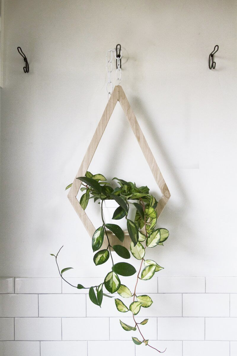 plywood-hanging-planter