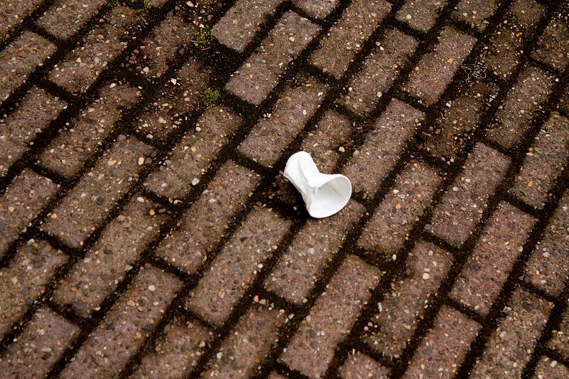plastic-cup-on-the-ground