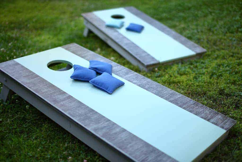 modern-blue-cornhole-board
