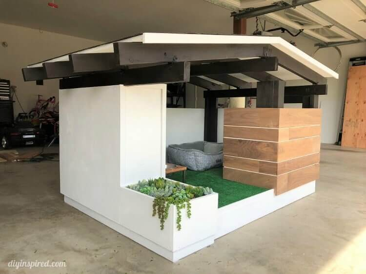 Mid-Century Dog House Plans