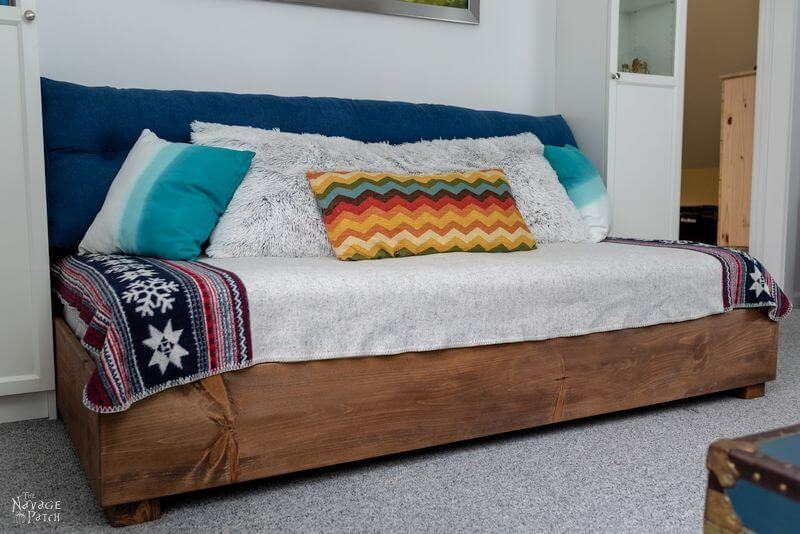 small daybed