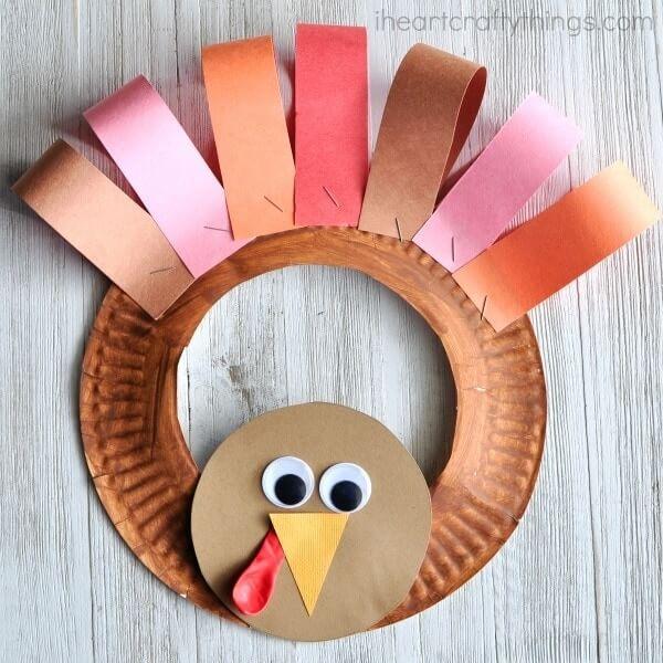 Paper Plate Turkey Wreath