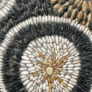 pebble-mosaic-13-gwen-bcstarburst