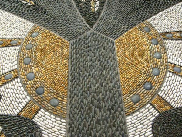 pebble-mosaic-58-tane-mahuta-and-kereru-