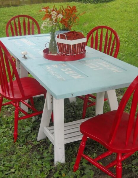 recycled-old-doors-picnic-table