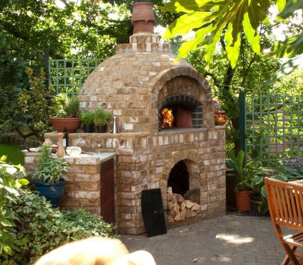 Jamie Oliver's Outdoor Brick Oven - Outdoor Brick Ovens • Insteading