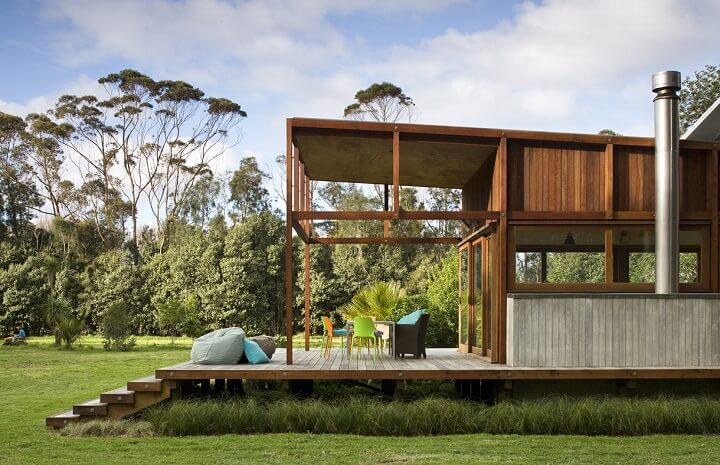 Homes on stilts insteading - Elevate the sustainable house ...