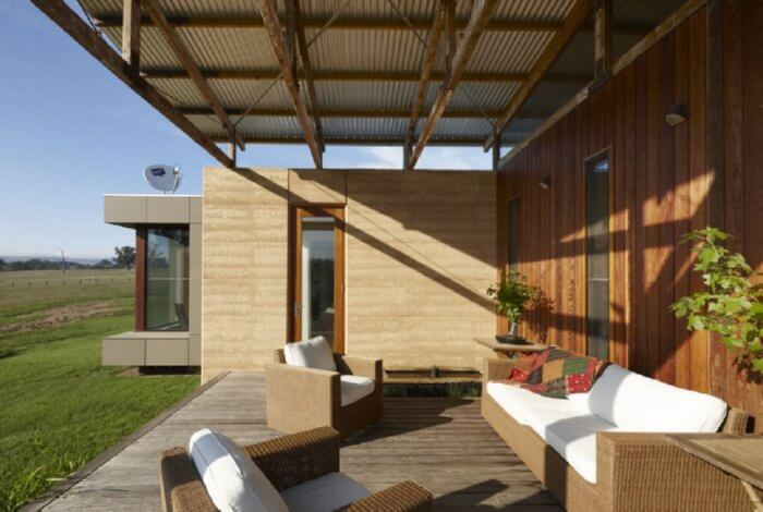 Rammed Earth • Insteading