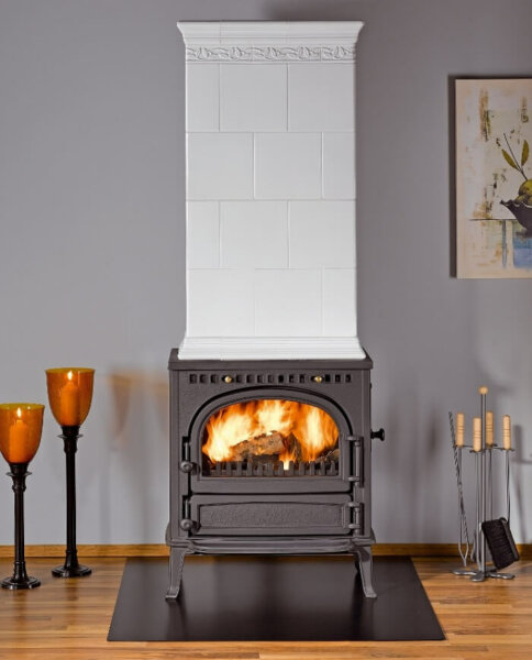 wood-stove-bottom-tile-top-kachelofen