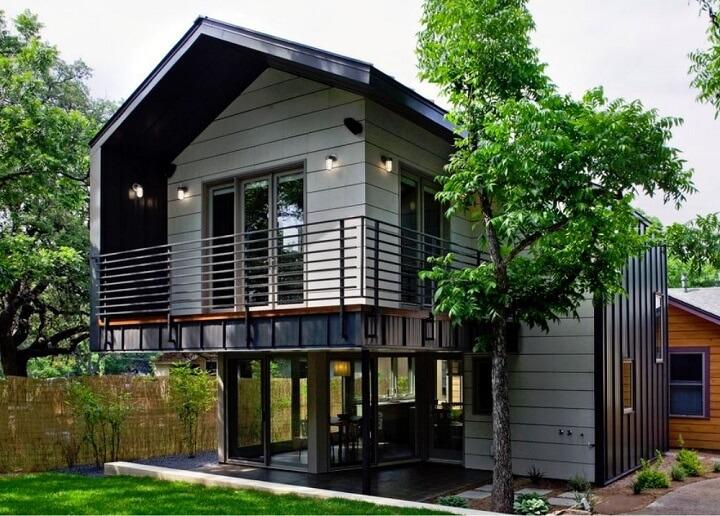 Homes on Stilts • Insteading