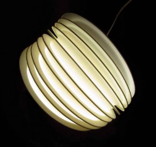 plastic-plate-light