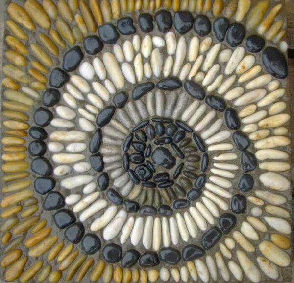 pebble-mosaic-stonefish-fb