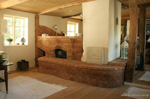 long-and-low-masonry-heater