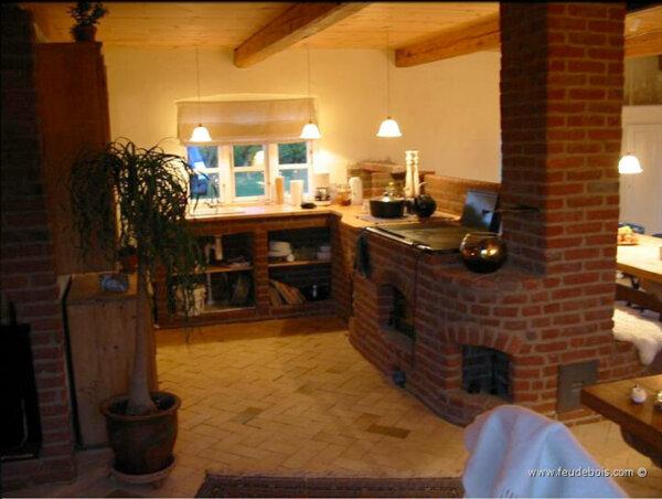 masonry-wood-stove-feu-de-bois-7