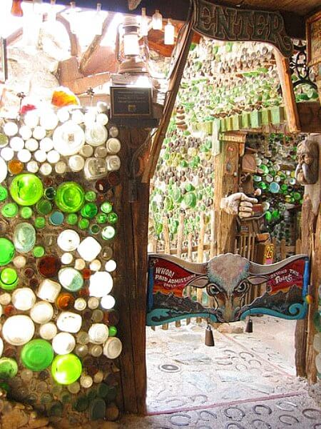 glass-bottle-walls-tinkertown-ext2