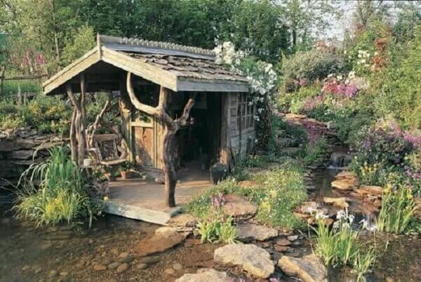 salvaged-wood-cabin